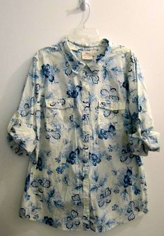 St John's Bay Womens Size XL Blue Floral Button Down Shirt #StJohnsBay #ButtonDownShirt #Casual