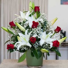 "Center ""Elegant"" red and white, beautiful composition of red roses and liliums A … – Modern Valentine Flower Arrangements, Basket Flower Arrangements, Creative Flower Arrangements, Altar Flowers, Beautiful Flower Arrangements, Silk Flower Arrangements, Flower Centerpieces, Flower Decorations, Beautiful Flowers"