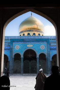 I visited this gorgeous mosque several times during my time in Damascus. Sayyidah Zaynab Mosque, Damascus, Syria.   Joanna