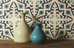 These gorgeous Romanesque tiles feature rich Dark Blue and Dark Jade shades on a white background. They can be placed on the wall or the floor. From the Odyssey collection.