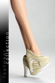 B435 The Vogue Beige Leather Designer Fashion High Heels Shoes for FR Barbie