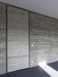 #architecture #design #concrete walls - villa con piscina a Bergamo di LAURA BETTINELLI