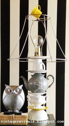 #reusaTÉ No tiréis las tazas y teteras que se dañan o desparejan, podéis crea pies de lámpara tan bonitas como esta. Más ideas para reusar tus complementos de té en http://www.iloveteacompany.com/2013/02/8-ideas-para-reutilizar-cosas-de-te.html