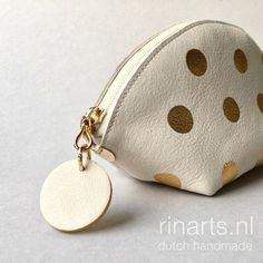Zipper pouch WEDGE in off-white leather, hand printed with gold metallic polka dots