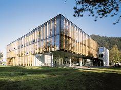 Fachhochschule in Kufstein, Henke und Schreieck