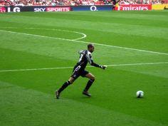 "Immediate Tottenham Fan Reaction: Everton Hold On, Defeat Spurs 1-0 (photo credit: ""Wonker Wonker"" / Wikimedia Commons)"