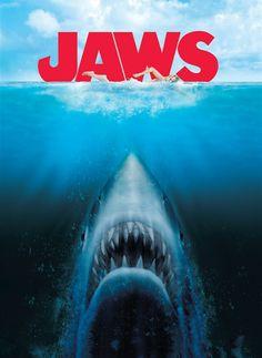 """El espectacular """"Tiburón"""" de Steven Spielberg cumple hoy 45 años de estrenada. Un clásico que hasta hoy sigue vigente. Planet Of The Apes, Retro, Movies, Movie Posters, Archive, Top Movies, Musicals, Cartoon, Meet"""