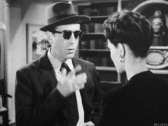 a dame like me The Big Sleep, Humphrey Bogart, Movie Stars, Gentleman, Pilot, Mens Sunglasses, Style Inspiration, People, Movies