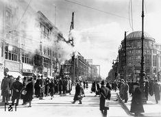 1938 Bau der Nord-Sued S-Bahn am Potsdamer Platz in der heutigen… Friedrich Ebert, Potsdamer Platz, S Bahn, Historical Photos, Old Photos, The Past, Germany, Public, Street View