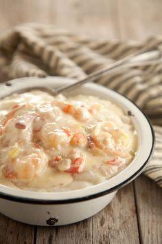 Bubba's Shrimp & Grits | Paula Deen Fish Recipes, Seafood Recipes, Cooking Recipes, Chicken Recipes, Shrimp Dishes, Fish Dishes, Shrimp Grits, Bubba Gump Shrimp And Grits Recipe, Easy Shrimp And Grits
