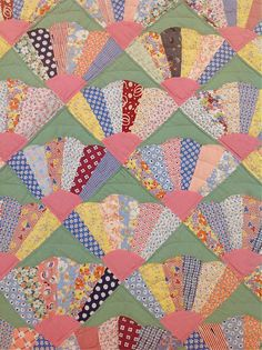 1930s dresden fan quilt - great idea for all those fan blocks I already have made!