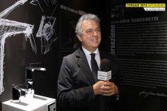 Direttamente dalla pagina di #Archiproducts condividiamo la foto del #Cersaie 2013 che ha come protagonista Marco Piva per #Boomerang #GattoniRubinetteria