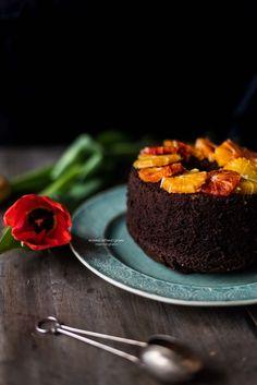Chiffon cake (Fluffosa) al cioccolato aromatizzata all'arancia speziata