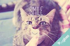 Sorriam sempre, mesmo que a vida não de motivos..
