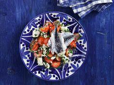 20+1 σαλάτες που πρέπει να δοκιμάσετε! - www.olivemagazine.gr Salad Bar, Cobb Salad, Chrismas Cake, 30 Cake, Cake Roll Recipes, Rolls Recipe, Bruschetta, Feta, Salads