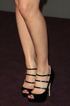 Amber Heard #shoes #fashion #celebrity