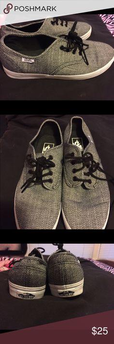 Vans New Black & white Vans boys 7 Vans Shoes Athletic Shoes