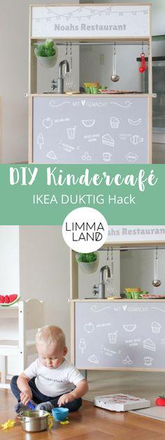 Nutz doch einfach auch die Rückseite deiner IKEA Kinderküche und verwandle sie in ein Bistro! Mt diesem einfachen Ikea DUKTIG Hack ensteht eine ganz neue Spielidee: vorne wird gekocht, hinten wird serviert.