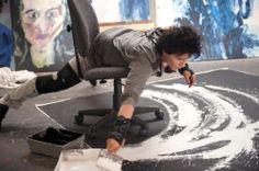 Выставка живописи актрисы Жюльет Бинош в ее новом фильме «Любовь в словах и картинках»