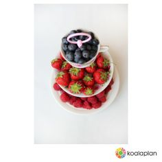 "DIY cake stand by www.koalaplan.com using ""round pink"""