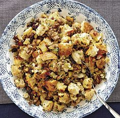 bread+stuffing+with+sausage,+apples+&+sage