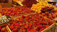 How to Eat #Healthy on a #Budget? - Vibrant Colored Fruits and Veggies