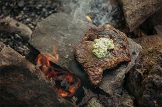 Featured on Epicurious: Steak On a Hot Rock with Wild Herb Butter Cooking Stone, Fire Cooking, Outdoor Cooking, Cooking Artichokes, Cooking Beets, Cooking Pork, Cooking Light, Rock Recipes, Beef Recipes