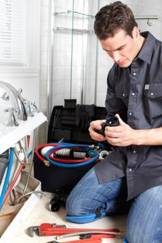 I needed a good plumber for my Chicago, IL home.  I know I can change out a garbage disposal by myself, but it's probably going to take me all day.  A good plumber can do it in lickity split! http://chicagolandplumberil.net/Services/