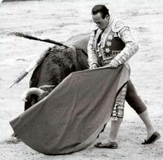 Curro romero Outdoor Blanket, My Style, Artist, Ideas, Running, World, Black And White, Pintura, Pictures