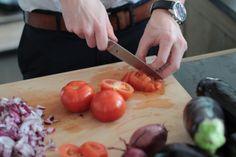 Fein gewürfelte Tomaten nennt man übrigens Concassée #Kuechenbande