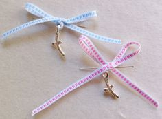 Pink or Blue Bow Martirika- Witness Pins for your baby's Christening Blue Bow, Pink Blue, Godchild, Greek Wedding, Baby Christening, Cool Kids, Bows, Personalized Items, Trending Outfits