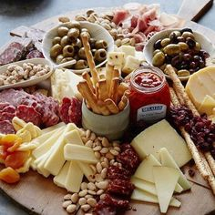 The best part of all of this is the touch of the Wine combine with appetizers! #redwine #winetasting #winelover #winery #winetime #whitewine #instawine #winecountry #winelovers #vino #wineoclock #bacchusbreak