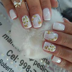 Lindíssimas ideias de unhas decoradas com jóias diseños de uñas en 2019 ног Pretty Nail Designs, Gel Nail Designs, French Nails, Nailart, Bridal Nail Art, Fire Nails, Nail Art Diy, Stylish Nails, Creative Nails