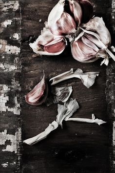 #garlic Indispensable in Mediterranean cuisine and, of course, in #portuguese_food