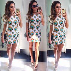 E o #look que escolhi para o evento hoje em Campina foi esse: vestido deuso da @madrecitaa, coleira @smacacessorios e sandália @aliancacenter {e queeee modelagem esse vestido, hein?! } #looksreuchoa #ootd #reuchoa