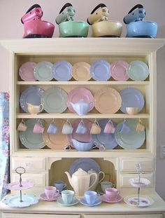 Vintage pastel ware.. along with some vintage 1950s Sunbeam Mixmasters