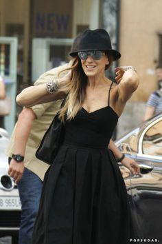 Sarah Jessica Parker lit up with a smile in Rome on Friday. | The Weekend's Must-See Snaps! | POPSUGAR Celebrity Photo 8