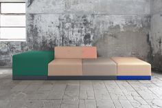 enBloc sofa | multi color
