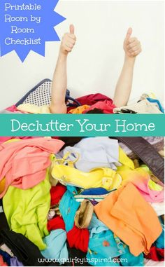 Love this free printable checklist to help you declutter your house. Plus great declutter tips in the post!