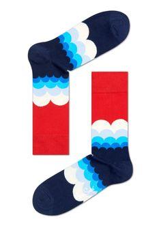 Sokken met regenboog design in rood, wit en blauw. De perfecte gift voor je geliefden