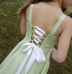 PACountryCrafts: Twirly Lace Dress Tutorial