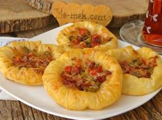 A delicious pastry recipe that you can make up to five teas. Snack Recipes, Cooking Recipes, Snacks, Turkish Recipes, Ethnic Recipes, Carne Picada, Pastry Recipes, Vegetable Recipes, Brunch