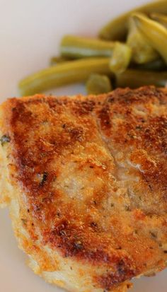 Parmesan Crusted Pork Chops: This looks elegant. I'll be cooking my thin cut pork chops at 400 for 20 minutes. Meat Recipes, Dinner Recipes, Cooking Recipes, Healthy Recipes, Simple Pork Recipes, Baked Pork Chops, Butterflied Pork Chops, Grilled Pork Chops, Pork Loin
