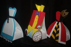 Alice in Wonderland party favors  Cute to purchase or these would be easy enough to fashion for a crafty diy-er