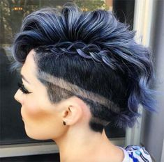 ▷ 51 Edgy and Rad Short Undercut Hairstyles for F . ▷ 51 Edgy and Rad Short Undercut Hairstyles for Women Best Undercut Hairstyles, Short Hair Undercut, Undercut Women, Braids For Short Hair, Short Hairstyles For Women, Braided Hairstyles, Undercut Styles, Undercut Braid, Short Hair Cuts For Women Edgy