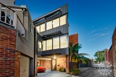 Beautiful modern twist on warehouse living. Photography by CT Creative. Melbourne Architecture, Warehouse Living, Real Estate Photography, Facades, Apartments, Multi Story Building, Mansions, House Styles, Creative