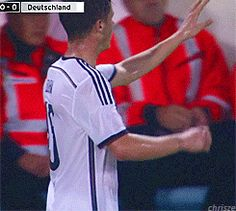 Die Nationalmannschaft - Erik Durm / Eurocup2016 #erikdurm #durm #15 #mannschaft #deutschland #fußball #futbol #cute #boys #germanyboys #germany