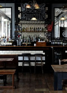 the grafton london pub, traditional pub interior, puf roof garden, pub roof… Pub Bar, Cafe Bar, Cafe Restaurant, Restaurant Design, Restaurant Ideas, Pub Design, House Design, Learn Interior Design, Interior Decorating