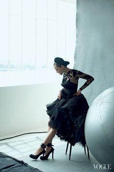 Marion Cotillard for Vogue August 2012 by Peter Lindbergh