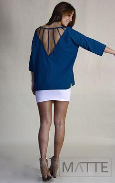 Camisa azulão esverdeado c/recorte nas costas